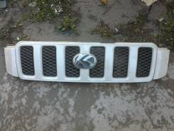 Решетка радиатора. Toyota Kluger V