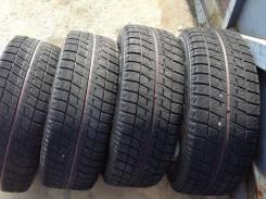 Bridgestone Blizzak Revo2. Зимние, без шипов, 2011 год, износ: 20%, 4 шт