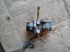 Клапан egr. Toyota Sienta, NCP81G, NCP81 Двигатель 1NZFE