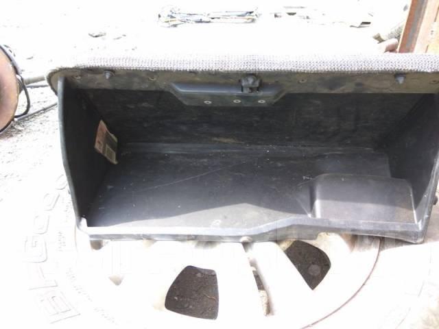 Бардачок. Nissan Silvia, S13