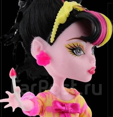 50c1d5d43fc Кукла Дракулаура Monster High - Игрушки во Владивостоке