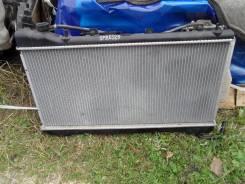Радиатор охлаждения двигателя. Subaru Forester, SF9 Двигатель EJ25