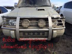 Задняя часть автомобиля. Mitsubishi Pajero