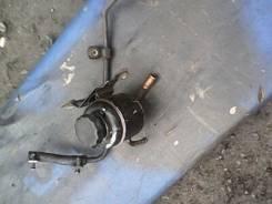 Крышка бачка гидравлического усилителя руля. Nissan Sunny, FB13 Двигатели: GA15DE, GA15DS, GA15E, GA15S