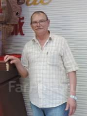 Руководитель отдела материально-технического обеспечения. Средне-специальное образование, опыт работы 35 лет