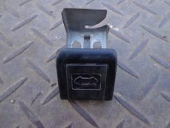 Ручка открывания капота. Toyota Corolla, AE100G, AE100
