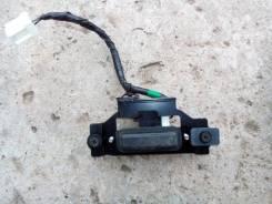 Кнопка открывания багажника. Infiniti G35 Infiniti FX35, S50 Infiniti FX45, S50 Двигатели: VQ35DE, VK45DE