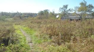 Земельный участок в п. Тавричанка. 1 500 кв.м., собственность, электричество, вода, от частного лица (собственник). Фото участка
