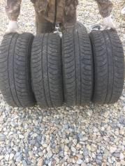 Bridgestone. Зимние, шипованные, 2012 год, износ: 10%, 4 шт