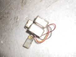 Блок управления зарядкой аккумулятора. Nissan Terrano, WBYD21 Двигатели: TD27, TD27T