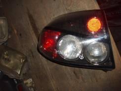 Стоп-сигнал Mazda Familia S-Wagon, правый