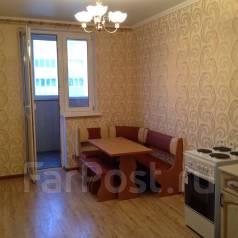 2-комнатная, улица Домбайская 10. 40 лет Победы, агентство, 50 кв.м.