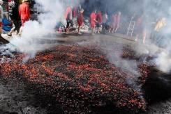 30 мая - Хождение по углям