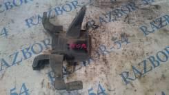 Подушка двигателя. Toyota Corolla, ZZE150, NDE150, NRE150, ADE150