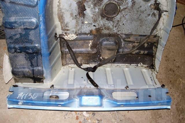 Пол багажника (ванна) Пежо 307 Peugeot 307