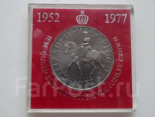 Великобритания 1 крона Елизавета на коне 1977 г. в планшетке. UNC.