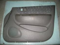 Обшивка двери. Toyota Corolla Spacio, AE115