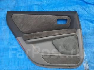 Обшивка двери. Toyota Mark II, GX105, JZX105, LX100, JZX100, GX100 Toyota Chaser, GX100, LX100, JZX100, JZX105, SX100, GX105