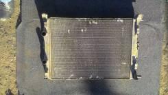 Радиатор охлаждения двигателя. Renault Megane