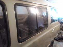 Стекло боковое. Nissan Vanette, KMC120