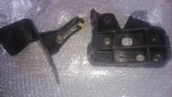 Крепление компрессора кондиционера. Mazda Titan Двигатель WL