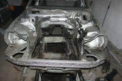 Передняя часть автомобиля. Mercedes-Benz E-Class, W210