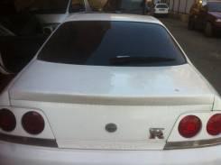Накладка крышки багажника. Nissan Skyline, ER33, ENR33, HR33, BCNR33, ECR33