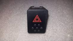 Кнопка включения аварийной сигнализации. Nissan Tiida, C11, JC11, NC11 Nissan Tiida Latio, SNC11, SZC11, SJC11, SC11 Двигатели: HR15DE, MR18DE, HR16DE