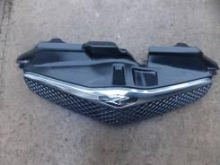 Решетка радиатора. Toyota Ractis, NCP105