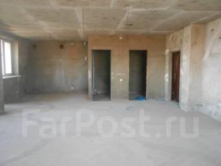 2-комнатная, Находкинский проспект 30. Площадь Совершеннолетия, агентство, 83 кв.м.