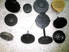 Крышка бачка гидравлического усилителя руля. Subaru Legacy, BG5, BD3, BG3, BH5, BG9, BE5, BH9, BD5, BE9, BD9, BGA, BHC, BGC, BHE, BEE, BG2, BD2, BES...