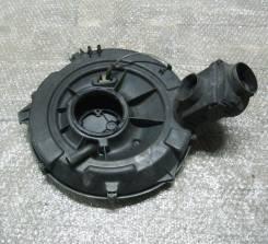 Корпус воздушного фильтра. Audi 80