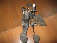 Педаль сцепления Peugeot 307