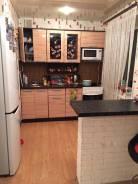 2-комнатная, улица Набережная 31. Детская поликлиника, частное лицо, 46,0кв.м. Кухня
