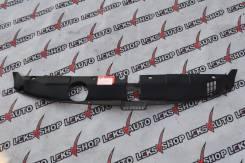 Решетка радиатора. Honda Stream, RN3