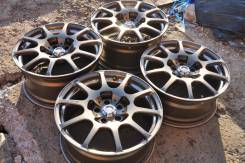 Racing Hart. 8.0/9.0x18, 5x114.30, ET42/44