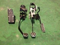 Накладка на педаль. Honda Integra, DC5 Двигатель K20A
