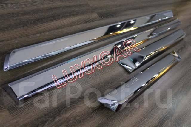 Накладка на дверь. Toyota Land Cruiser, VDJ200, URJ202W, UZJ200W, URJ202, UZJ200