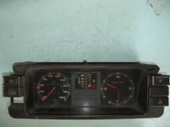 Панель приборов. Audi 80