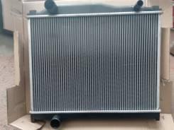 Радиатор охлаждения двигателя. Mitsubishi Fuso. Под заказ