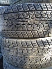 Dunlop SP 39. Зимние, без износа, 2 шт