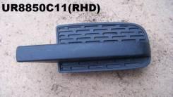 Заглушка бампера переднего правая Ford Ranger UR8850C11