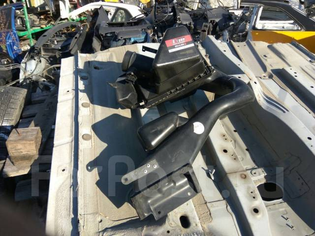 Корпус воздушного фильтра. Nissan X-Trail, NT30 Двигатель QR20DE