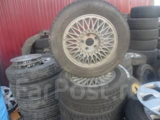 Комплект зимней резины Yokohama 195/65R15 на литых дисках Nissan. 6.0x15 5x114.30 ЦО 65,0мм.