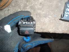 Кнопка включения аварийной сигнализации. Toyota Corolla Spacio, AE111