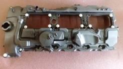 Крышка головки блока цилиндров. BMW