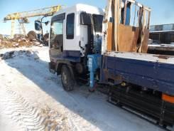Isuzu Forward. Бортовой грузовик с манипулятором, 8 200 куб. см., 6 000 кг.