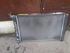 Радиатор охлаждения двигателя. Toyota Allion, ZZT240 Двигатель 1ZZFE
