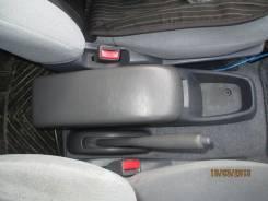 Бардачок. Toyota Ipsum. Под заказ