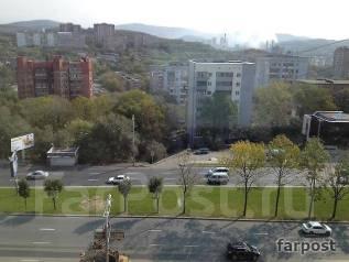 3-комнатная, проспект 100-летия Владивостока 143. Вторая речка, агентство, 58 кв.м. Вид из окна днем